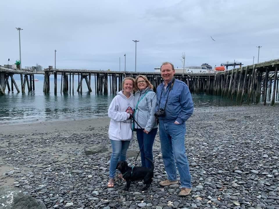 Janice_family_in_Alaska.jpg